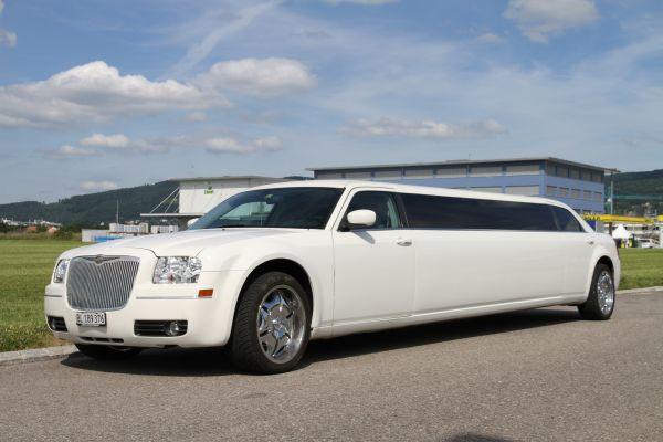 Chrysler 300C Stretch- Limousine